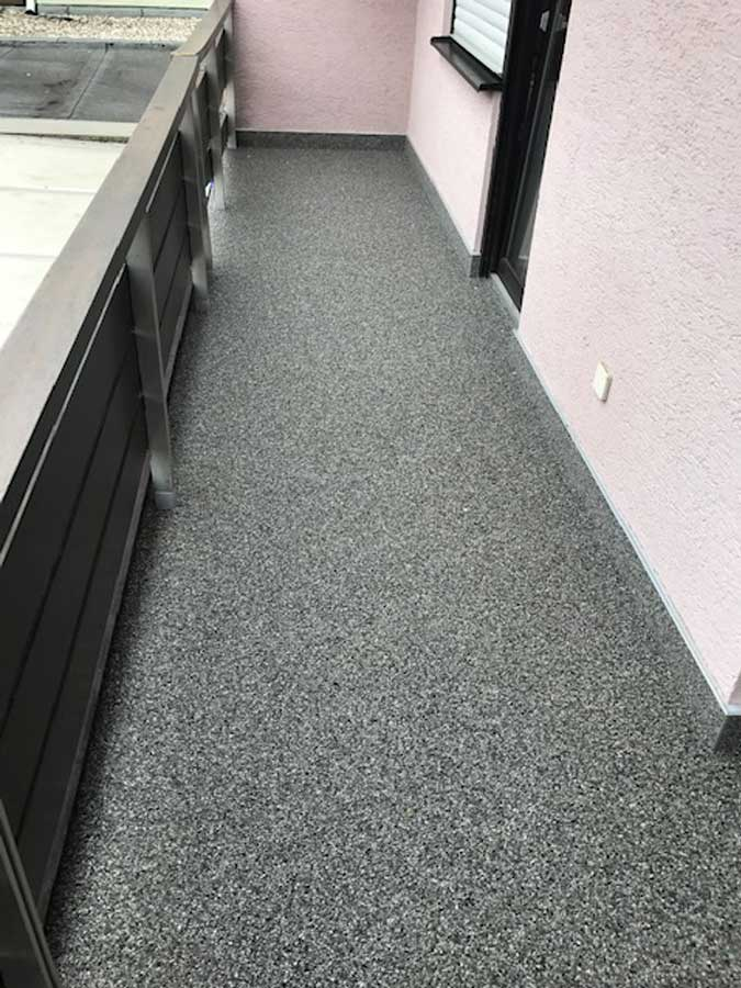 Relativ Balkon-Beschichtung | Innenausbauelemente und Bodenbeschichtung WO16