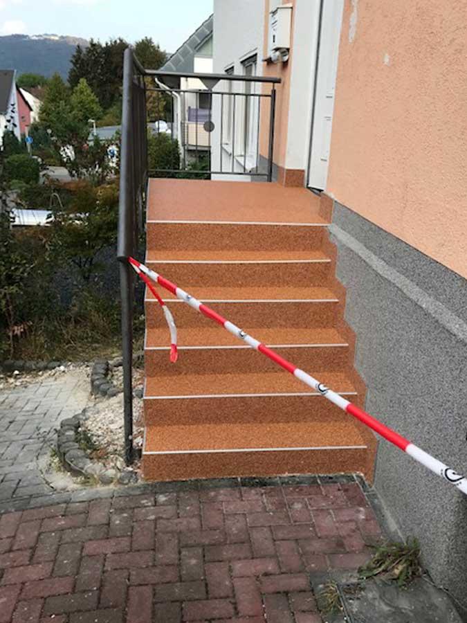 Haustreppe nachher