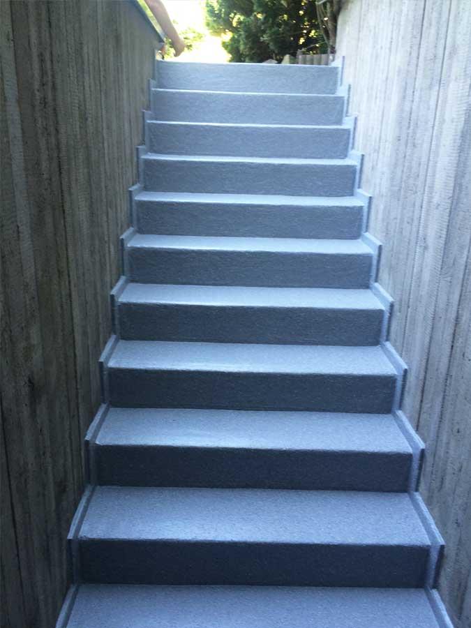 Kellertreppe nachher